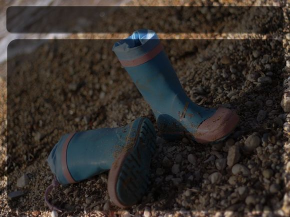 Boots-Blank.jpg